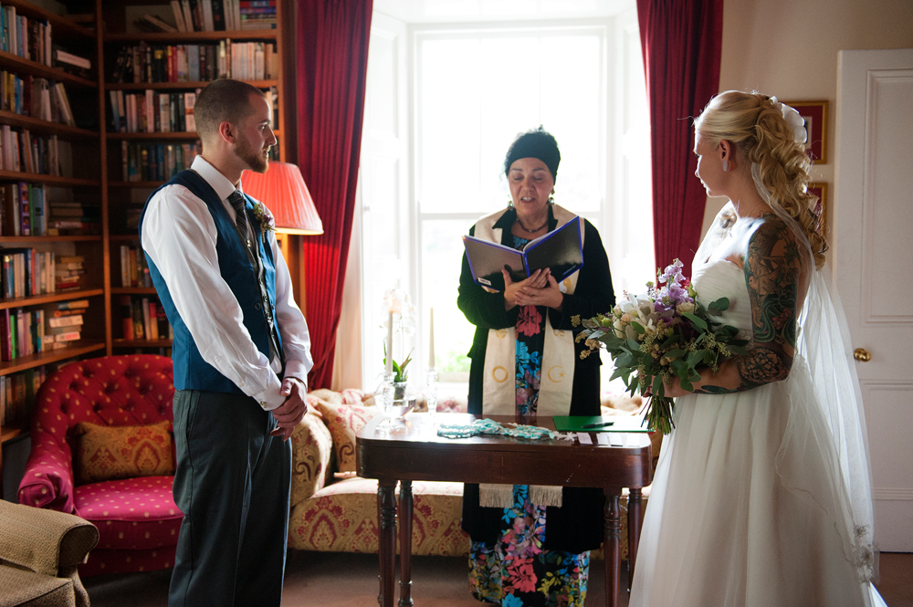 Civil ceremony elopement in Ireland
