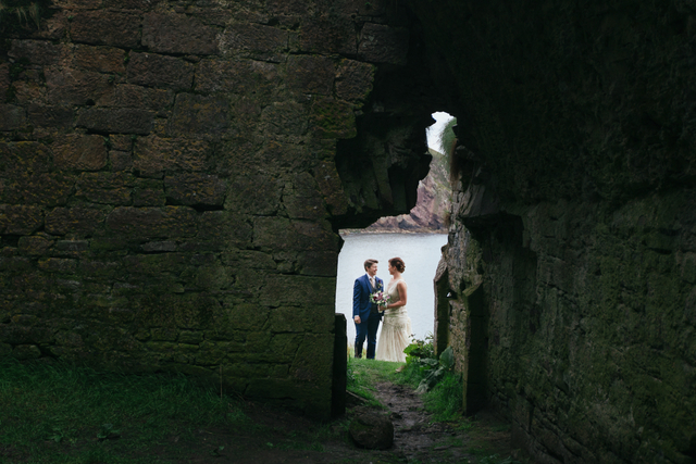 IRish castle ruins elopement Destination elopement wedding Ireland