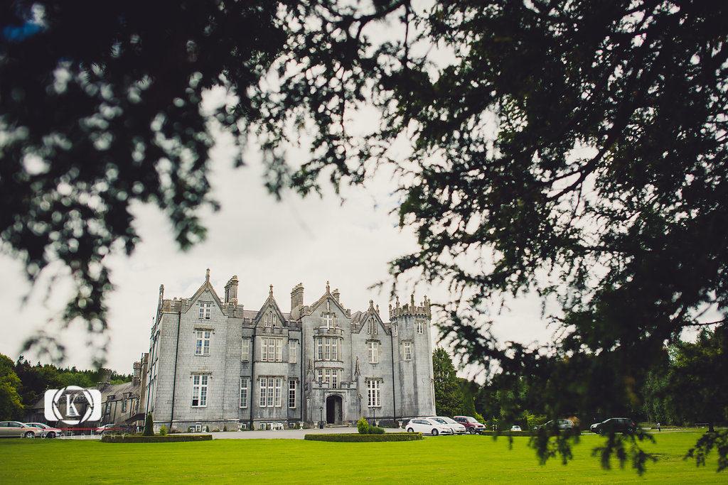 Castle elopement Ireland Elope to Ireland