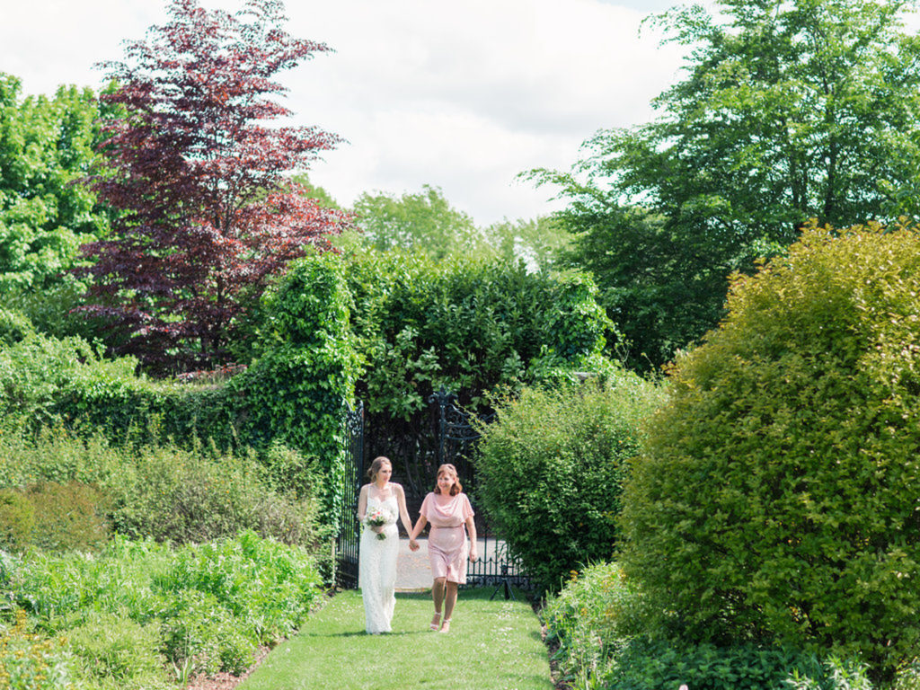 Irish manor house elope to Ireland
